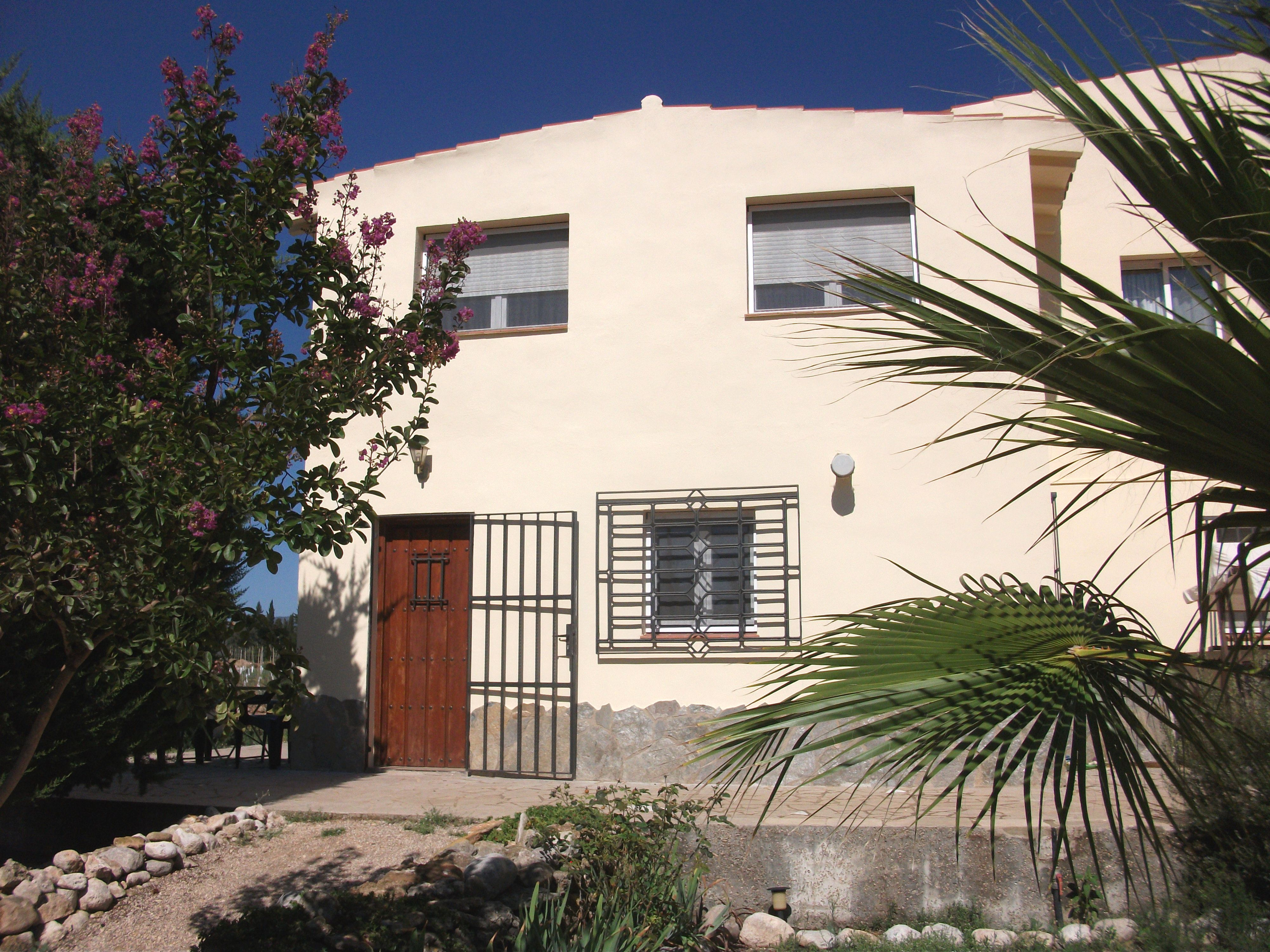 Casa Pau front